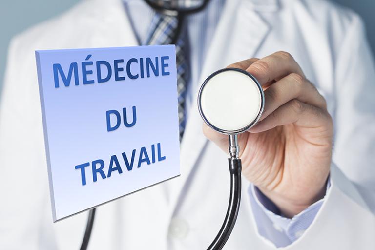 Santé au travail : la surveillance médicale des salariés des particuliers employeurs – Réglementation principale